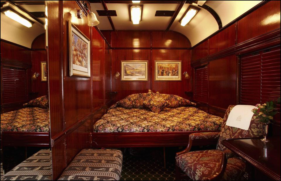 The most beautiful trains in the world : ROVOS ″The Pride of Africa″ in South Africa in June, 2003.