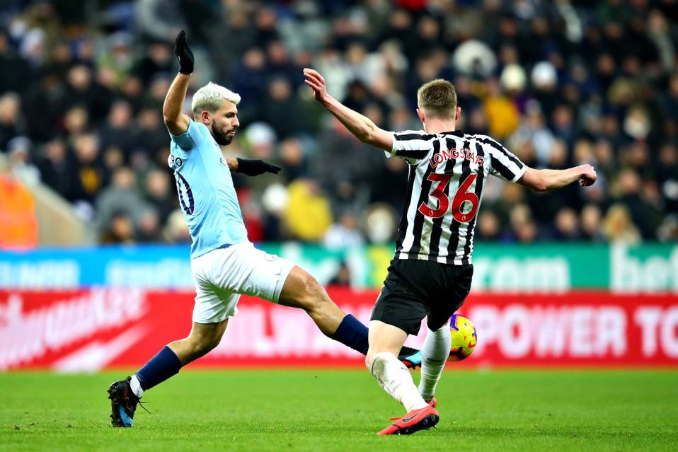 Newcastle United v Manchester City - Premier League