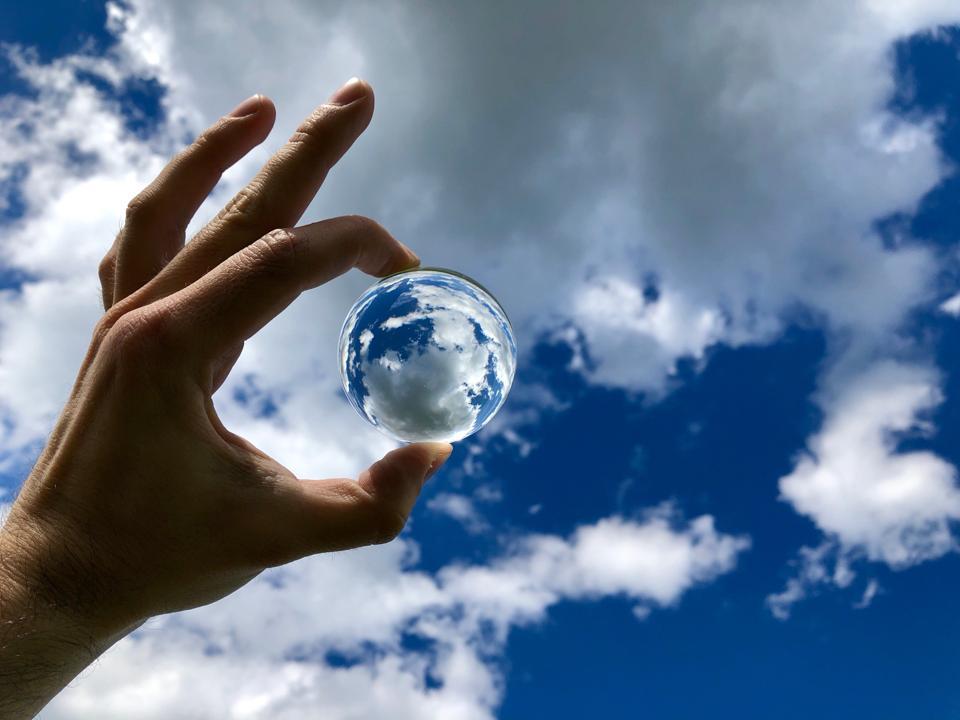 3 principles of cloudy crystal balls
