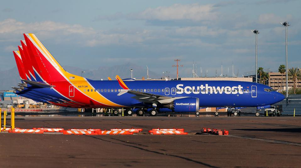 U.S. ground all Boeing 737 MAX 8s after seeing new satellite data