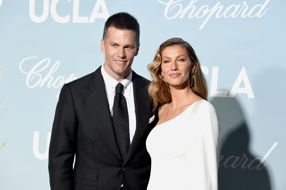 Tom Brady Gisele Bundchen List 40m Home Near Boston Preparing To Blow Price Records Out Of The Water