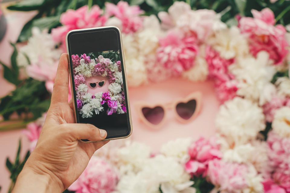 How Businesses And Influencers Are Monetizing Instagram