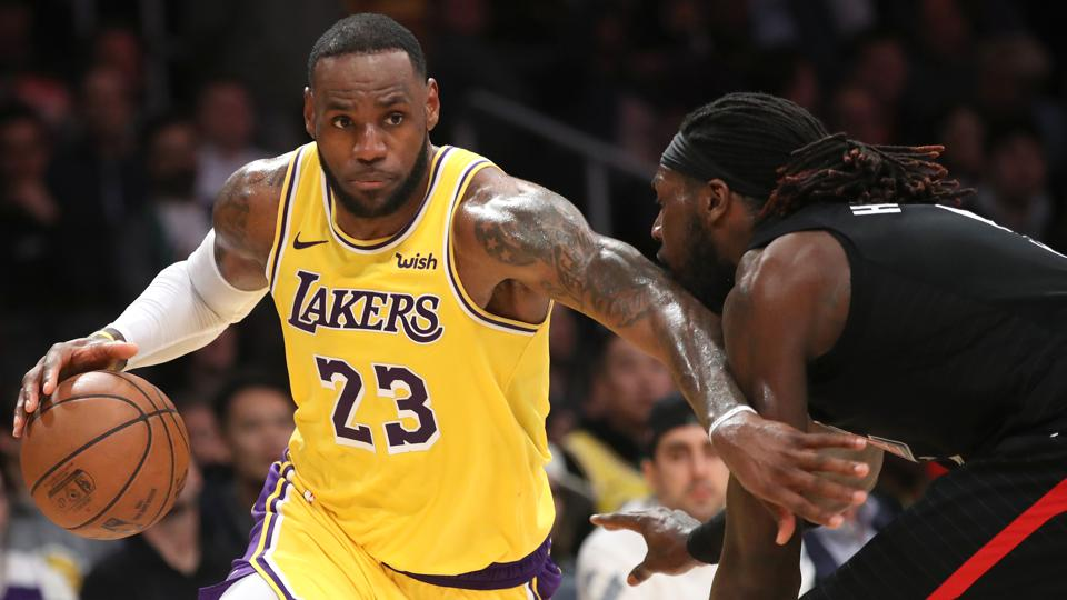 d8e588d979f LeBron James Rises To No. 3 On The Forbes SportsMoney Index