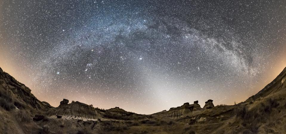 How To See 'Light From The Circle Of Animals,' An Eerie 'False Dawn' Caused By Space Dust