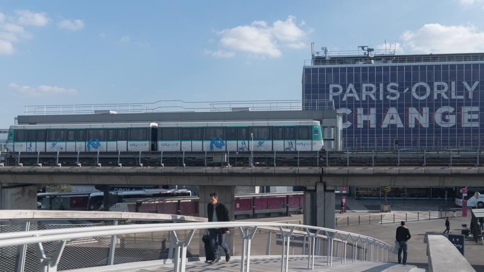 Daily Life In Paris