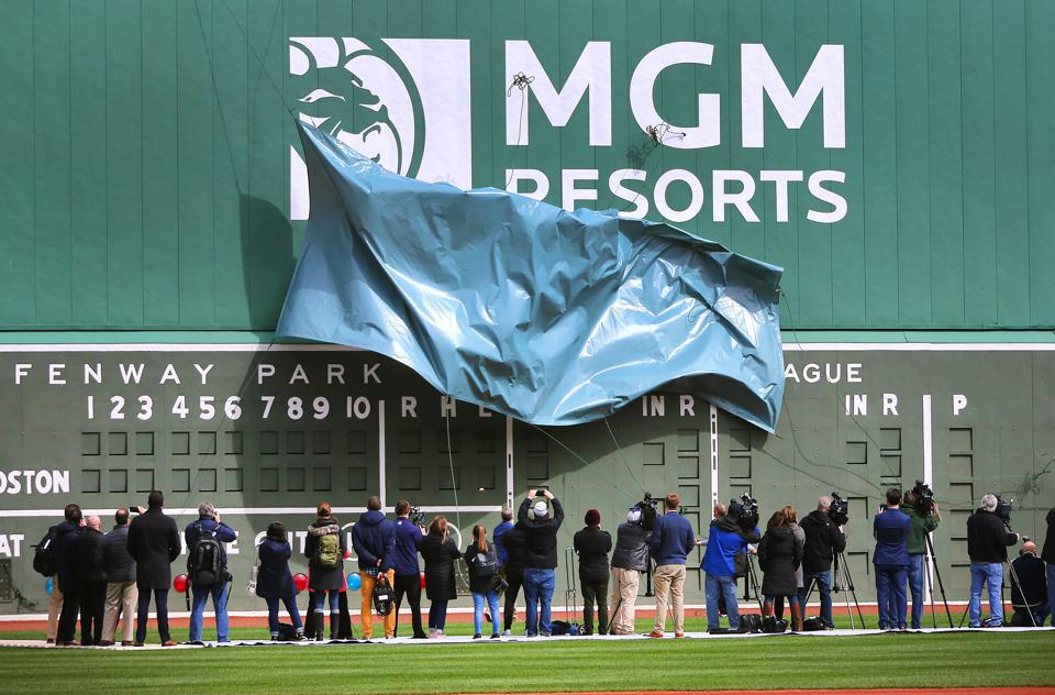 Is The Market Being Too Optimistic About MGM's Sale Of MGM Grand And Mandalay Bay?