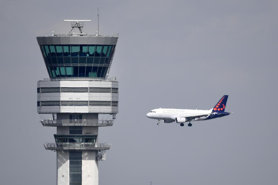 Europe Throws Another Coronacrisis Lifeline To Airlines And Defers Air Traffic Control Fee Payments