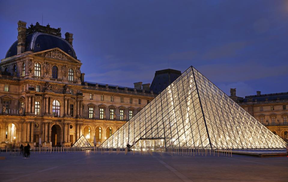 Louvre virtual tour