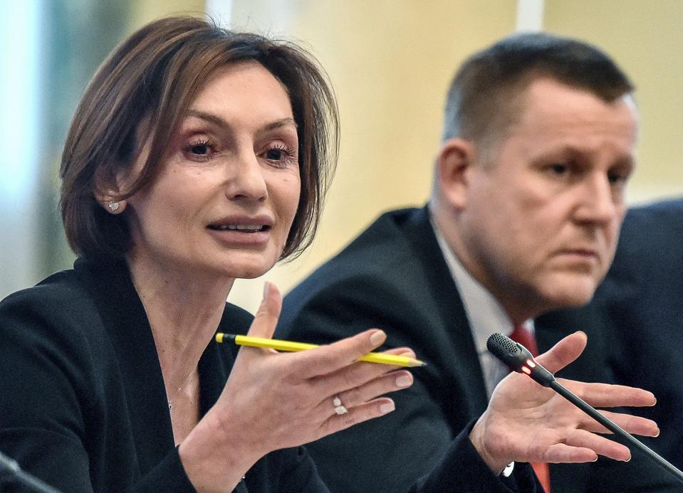 Investment banking lifestyle ukraine bt wrap investment menudo