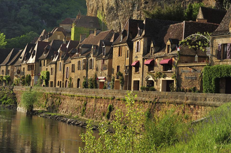 Houses in La Roque-Gageac, along Dordogne River