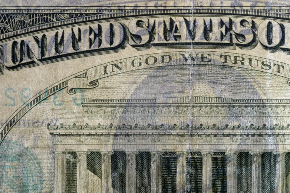 Banknote details.