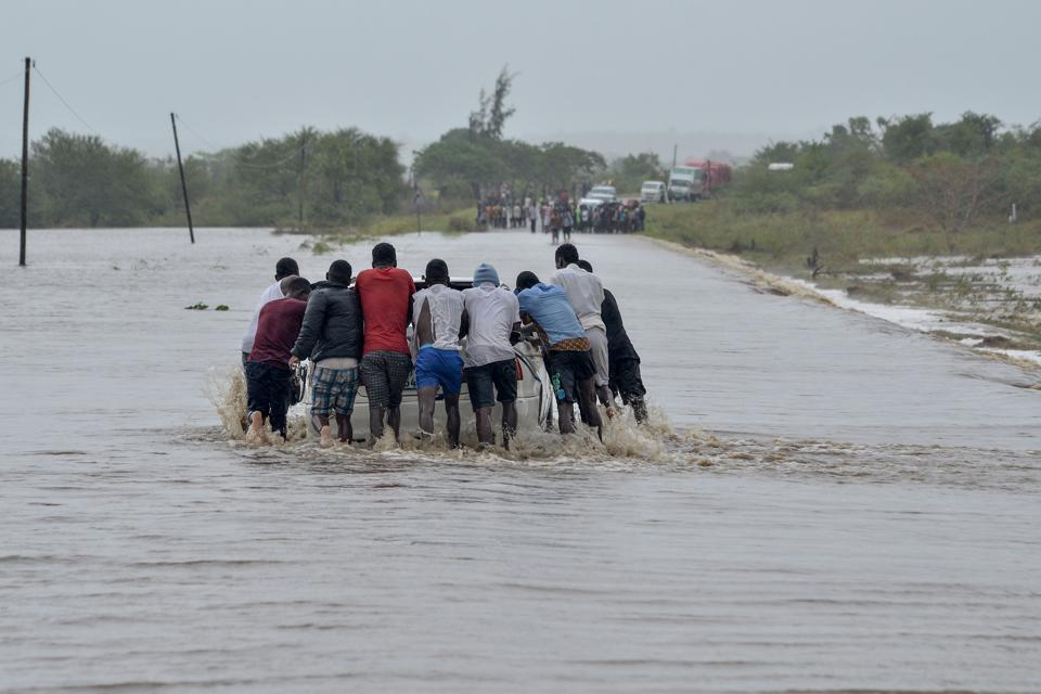 TOPSHOT-MOZAMBIQUE-WEATHER-CYCLONE-KENNETH