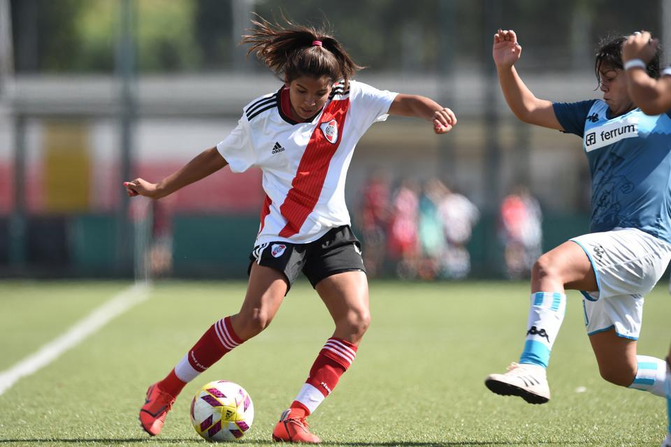 River Plate v Racing Club - Primera División Femenina 2018-19