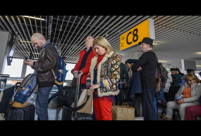 How Mobile Technology Is Changing The Airport Boarding Process