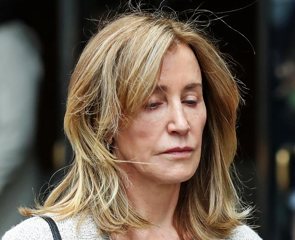 Felicity Huffman Reports To Prison