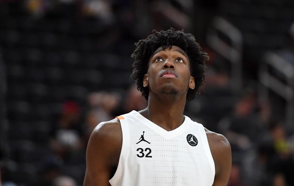 The Top 5 College Basketball Freshmen To Watch In 2019-20