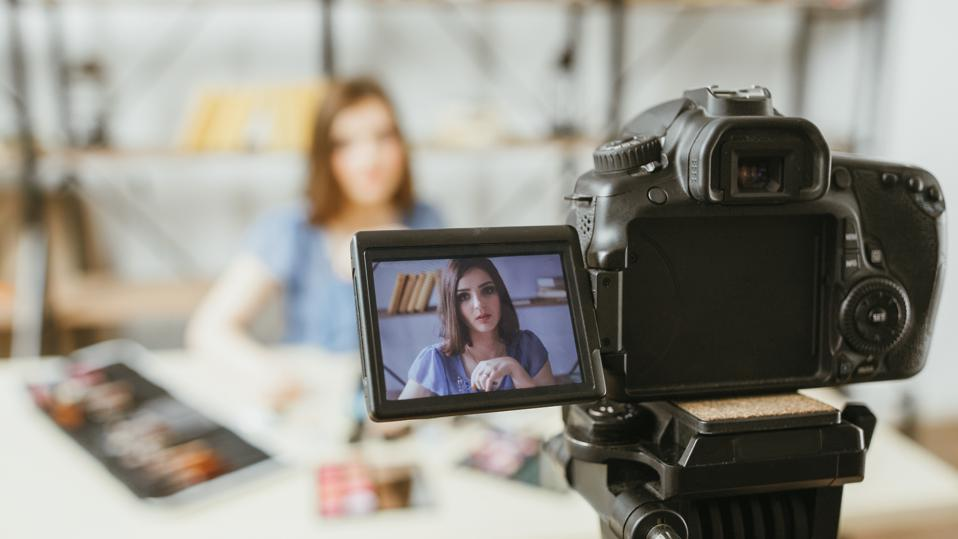 beauty fashion vlog business woman digital camera