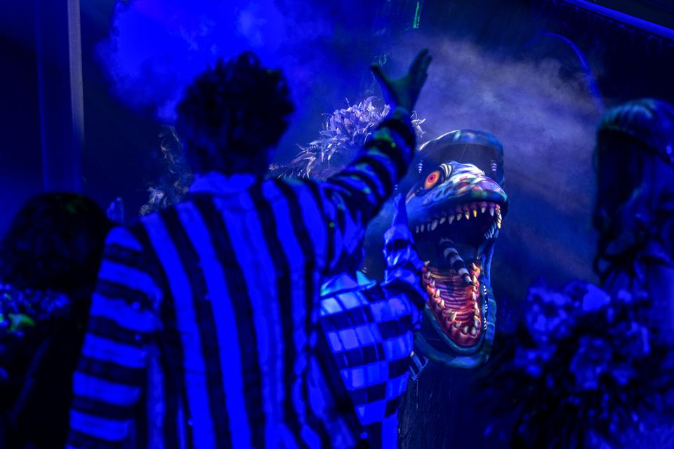 Alex Brightman waving to a sandworm during  'Beetlejuice' at Winter Garden Theatre on April 25, 2019