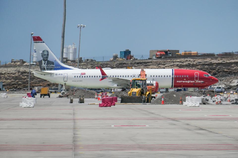 Norwegian Air International Boeing 737