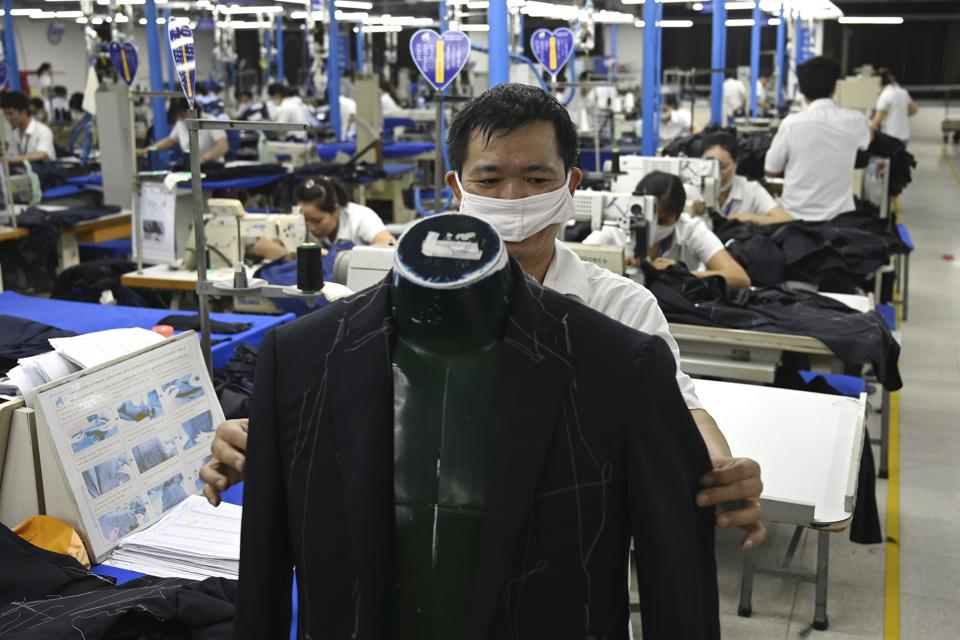 VIETNAM-CHINA-US-TRADE-ECONOMY