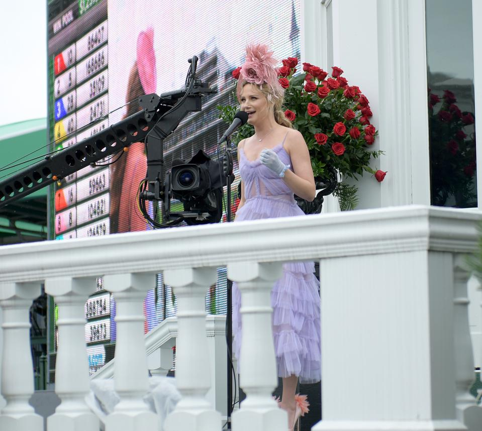 Kentucky Derby jennifer nettles