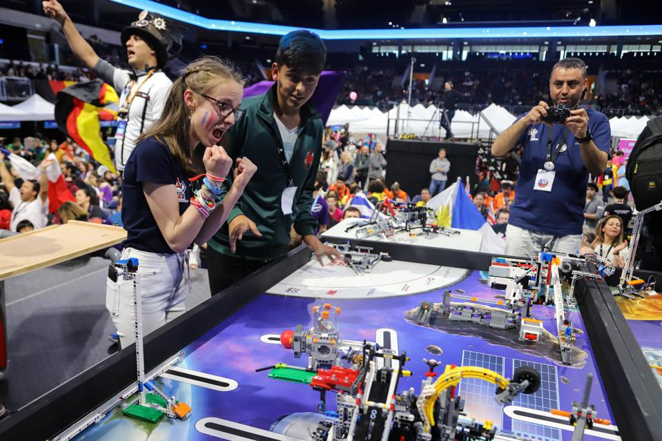 A female participant at FIRST LEGO League OPEN 2019