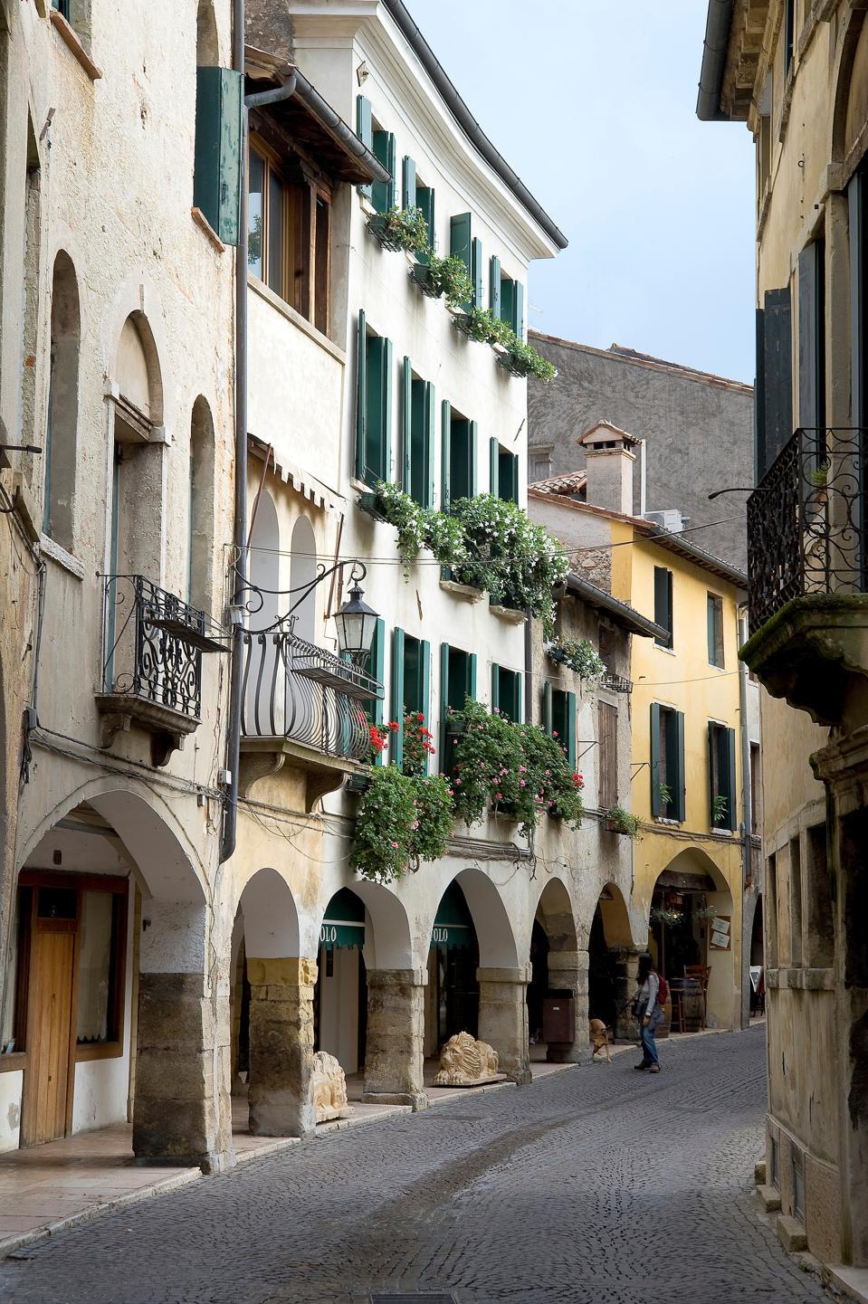 the medieval city of Asolo. Treviso. Veneto. Italy. Europe
