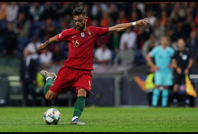 Should Manchester United Sign Christian Eriksen or Bruno Fernandes?