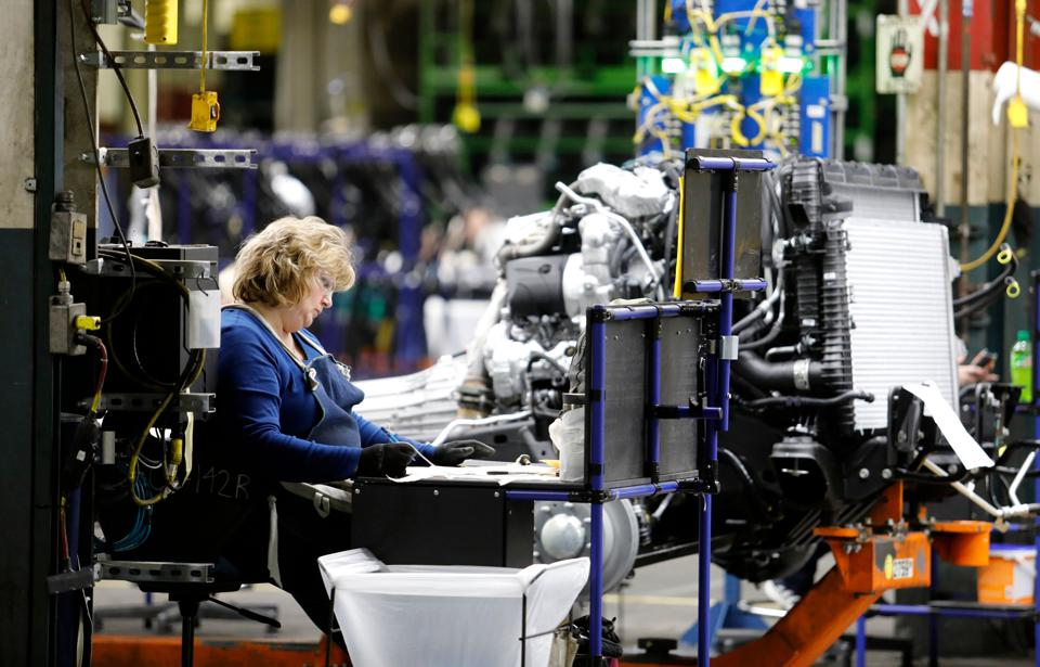 US-AUTO-PRODUCTION-GM-manufacturing-transport-automobile