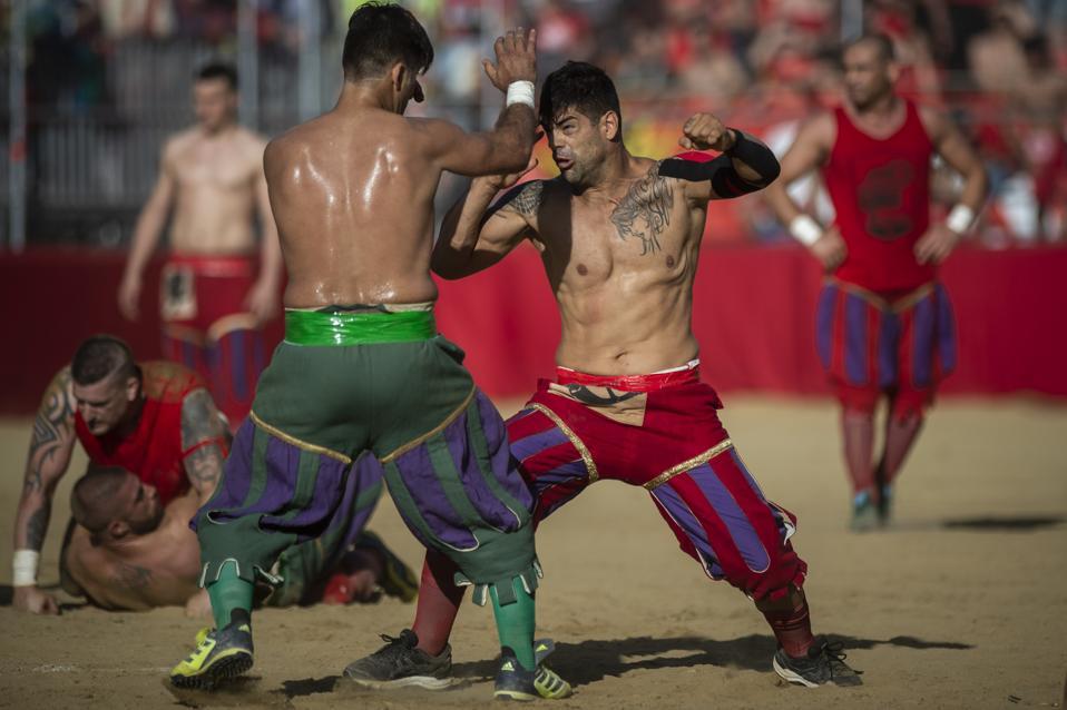 gladiators fight at the Italian competition of eCalcio Storico Fiorentino