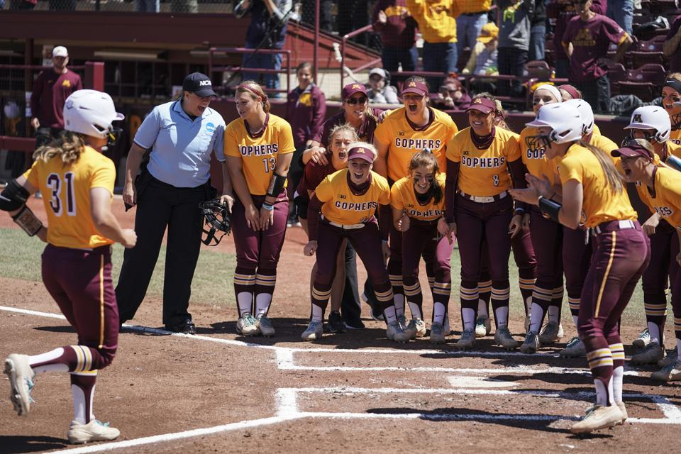 The University of Minnesota softball team defeated Georgia 8-1 in a NCAA regional final.