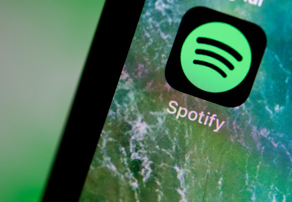 You Can Now Control Spotify With Siri On iPhone And iPad