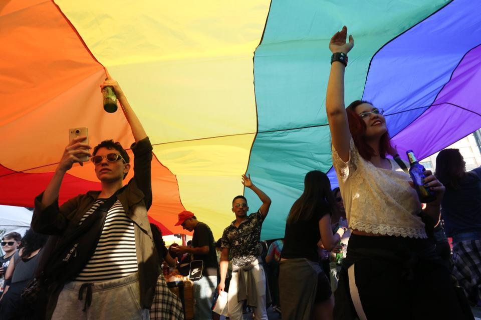 Lesbian Walk In Sao Paulo
