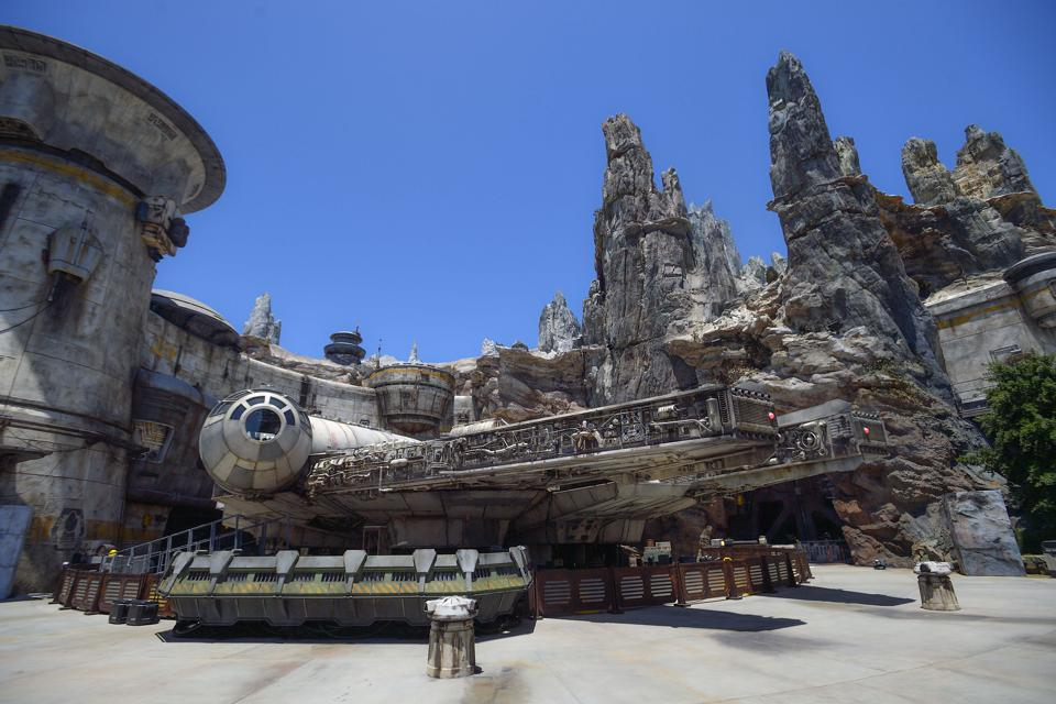 Disney's Star Wars lands look alien and their economic impact is out of this world too (Jeff Gritchen/MediaNews Group/Orange County Register via Getty Images)