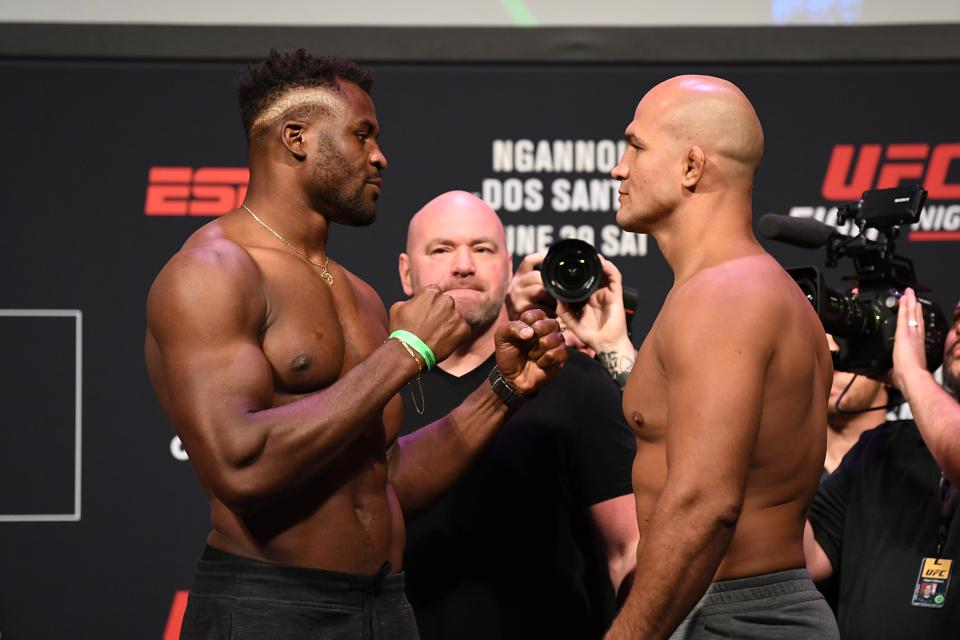 UFC Fight Night: Weigh-Ins