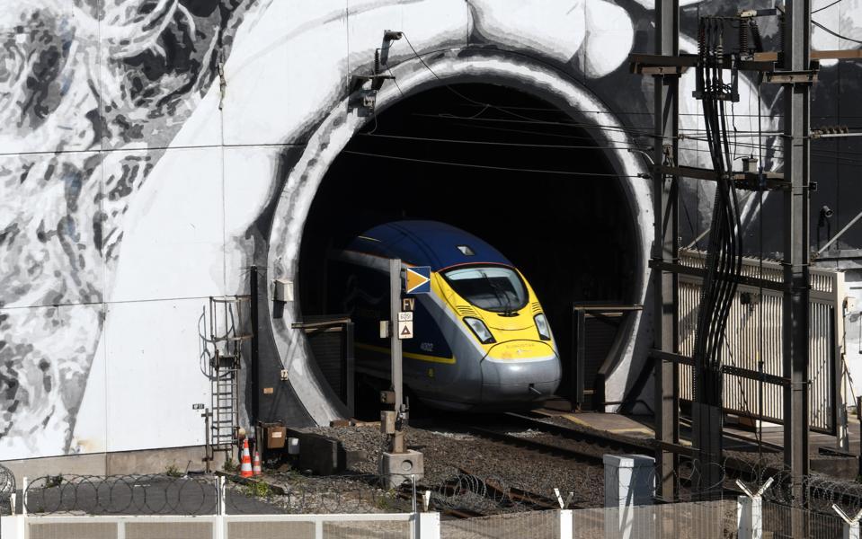 FRANCE-BRITAIN-ART-TRAIN-TRANSPORT-EUROTUNNEL