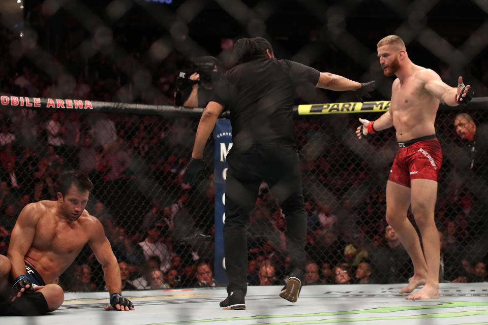 UFC Fight Night 164 Full Fight Video: Watch Jan Blachowicz Knock Out Luke Rockhold