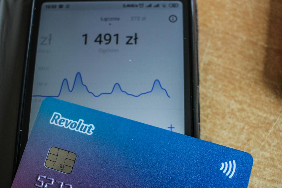 Revolut card and mobile screen