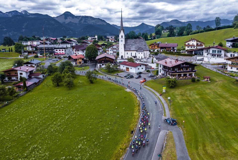 CYCLING-AUT-TOUR