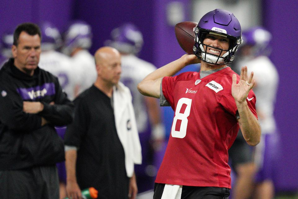 big sale b8779 22d98 Kirk Cousins Of The Vikings Is Not The Only Quarterback ...
