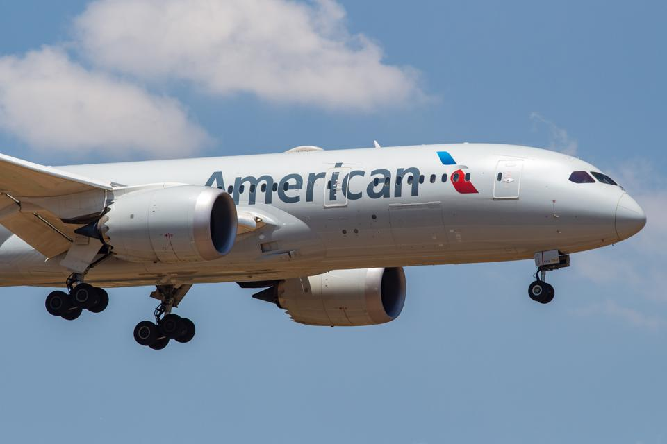 beauty trends American Airlines Boeing 787 Dreamliner
