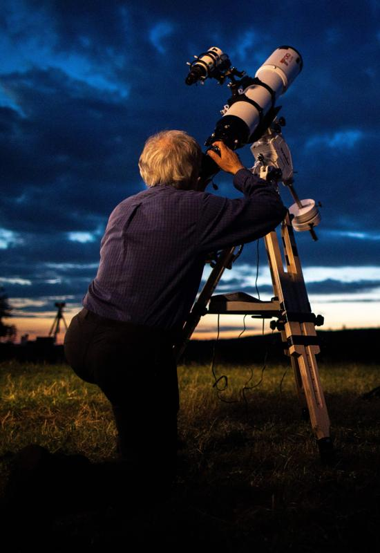 A New Moon at Christmas is great news for anyone who is gifted a telescope or binoculars.