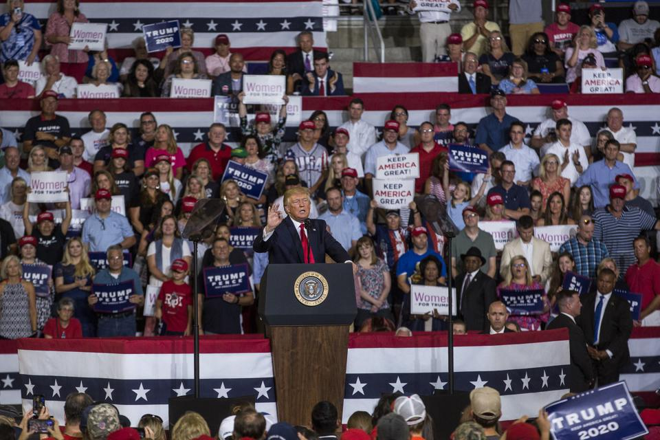 Donald Trump pidättää ″ Keep America Great ″ rallin Greenville, NC: ssä