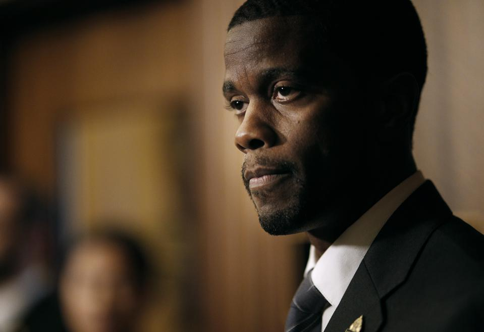 St. Paul Mayor Melvin Carter gave an update on the names of the police officer-involved in the shooting of William ″Billy″ Hughes Tuesday August 7, 2018 in St. Paul, MN. ] JERRY HOLT 'Ä¢ jerry.holt@startribune
