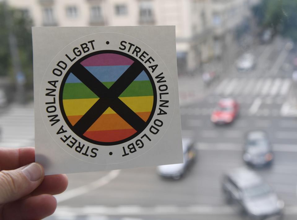 POLAND-LGBT-POLITICS-GAY-RIGHTS-MEDIA