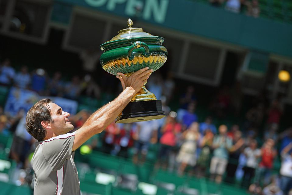 Roger Federer wins against David Goffin at the Noventi Open in Halle, Germany