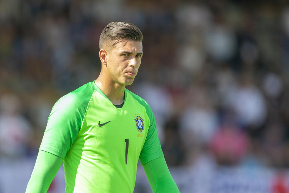 Fc Barcelona Reportedly Turn Attention Back To Signing Brazilian Goalkeeper Ivan