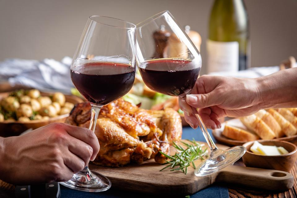 Best Wines To Pour At Thanksgiving Dinner