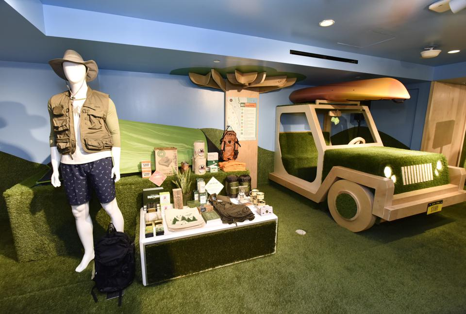STORY At Macy's Presents: Outdoor! Bringing The Outdoors Indoors With DICK'S Sporting Goods And Miracle-Gro®
