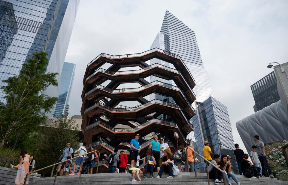 US-TOURISM-HUDSON-YARDS